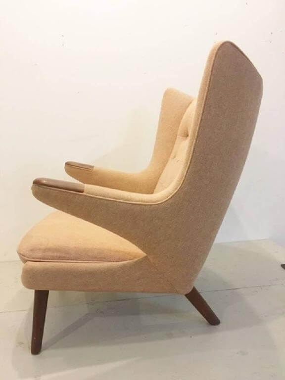 Important Hans Wegner Classic Papa Bear Chair Original