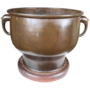 cast bronze garden planter