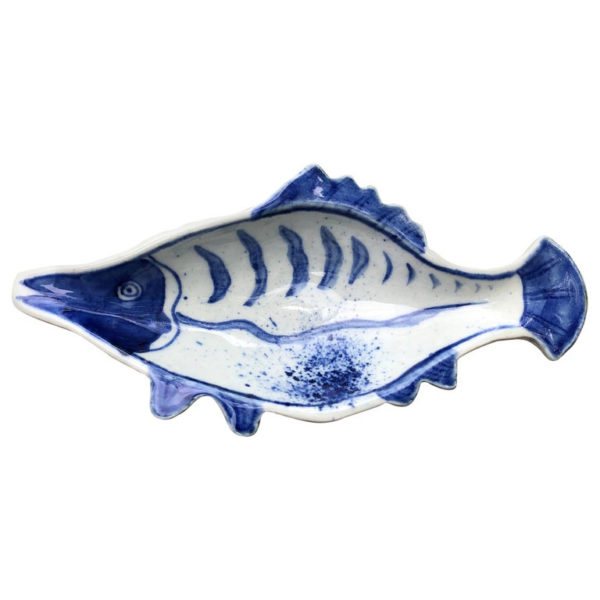 Blue and white fish condiment plates