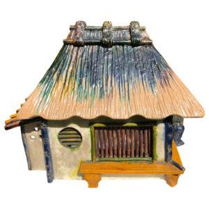 "Ceramic ""Mountain House"" Minka treasure box or censer"