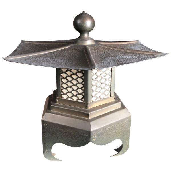 "Cast Bronze ""Broad Roof"" 16"" Lantern"