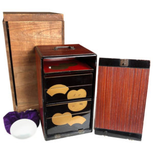 "Black Gold Lacquer ""FAN FOOD BENTO BOX"""