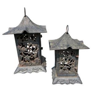 "Japanese Pair Antique ""Vibrant Vines"" Flower Garden Lanterns"